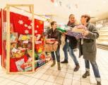 Essen Kettwig - Rewe Lenk erfüllt Kinderwünsche zu Weihnachten (141212-rewe-wuensche-011.jpg)