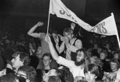 Essen - Rockpalast 7.1.1979 - Nils Lofgren (19790107-rockpalast-nils-lofgren-017.jpg)