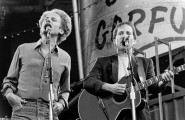 Dortmund - Westfalenstadion 30.5.1982 - Simon & Garfunkel (19820530-simon-garfunkel-013.jpg)
